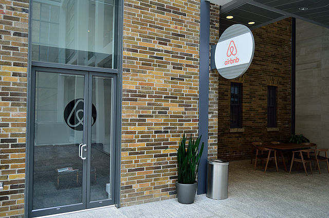 Airbnb-Toronto-Office